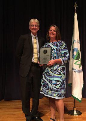 Laura J. (Yarish) Poidomani receives Presidential Environmental Education Award