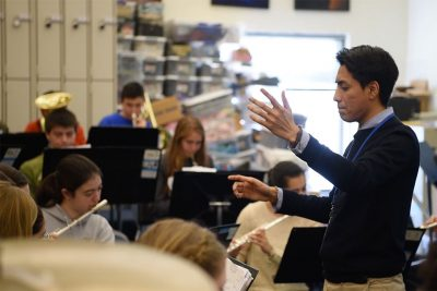 Jesús Cortés-Sanchez conducts at William Hall High School (Credit: Joe Columbatto)