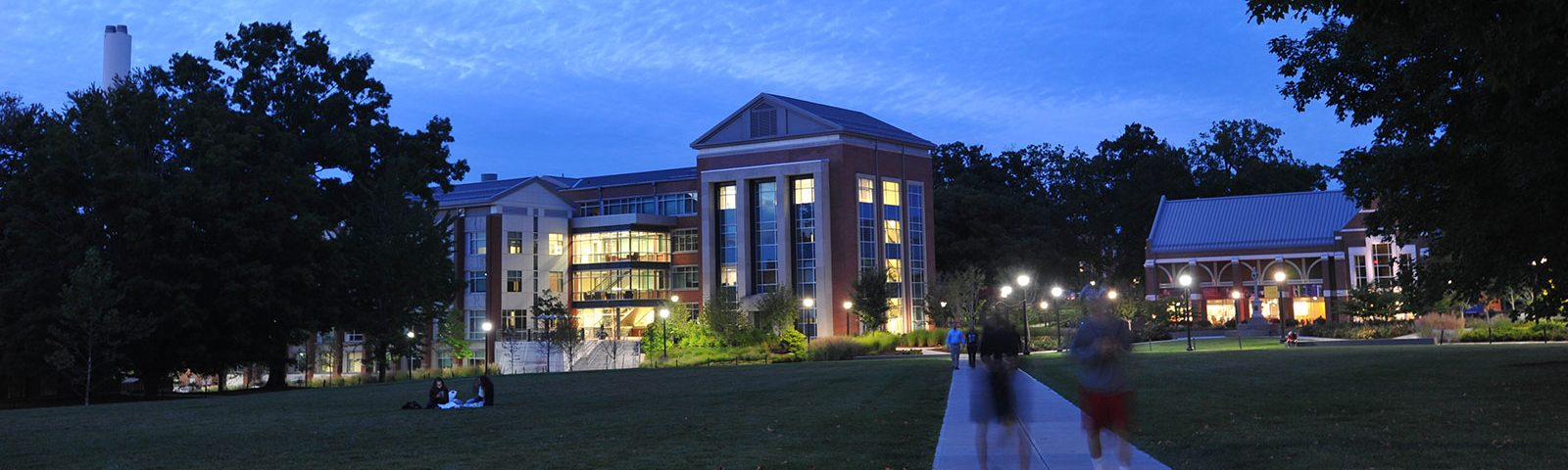 2020 Rankings Place Neag School Among Top 20 U.S. Publics - Image of Gentry Building at night