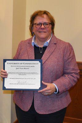 Jaci VanHeest receives Provost Outstanding Service Award