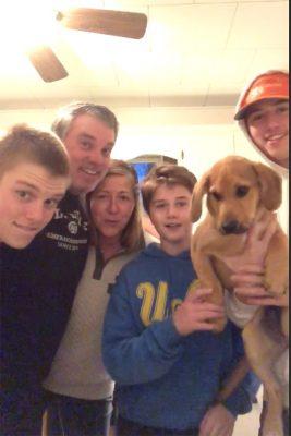 Alum Lisa Zielinski and family.