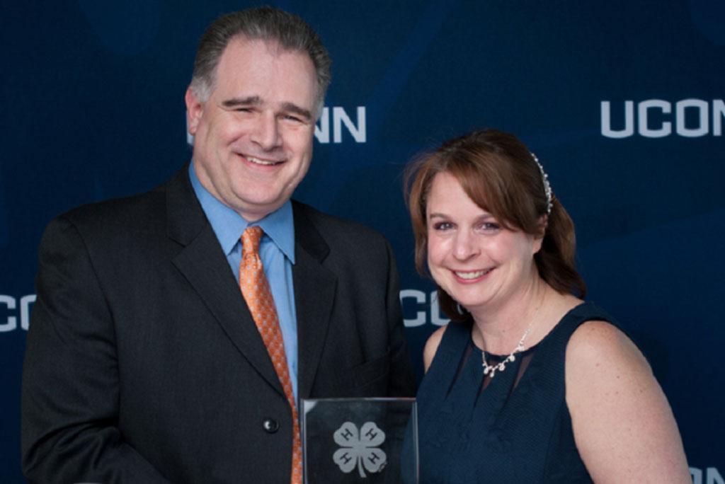 Rachael Manzer and her husband, Ken. [Links to story on Rachael Manzer.]